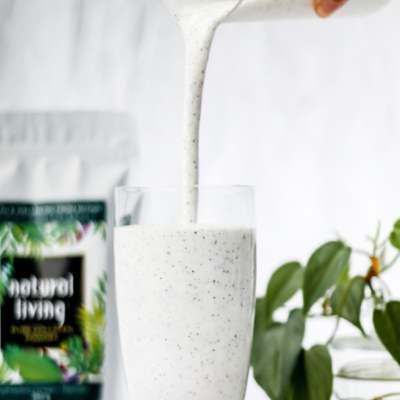 Pure Collagen Smoothie Pouring Banner Mobile